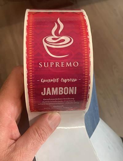 Kaffee-etikett-auf-Rolle-neu